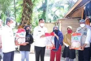 Setelah PPKM Mikro Diperpanjang di Pekanbaru, Bantuan Beras PPKM Akhirnya Datang