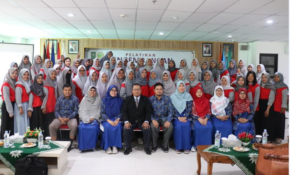 Peroleh Beasiswa Pemprov Riau, Mahasiswa Umri Ikuti Pelatihan Pengembangan Karakter