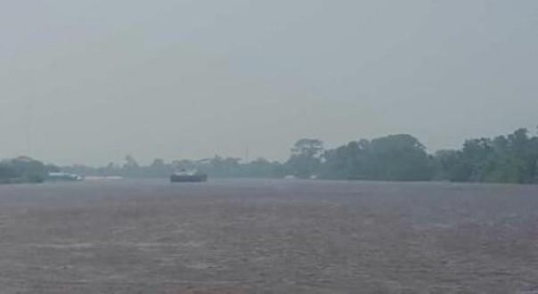 Warga Siak Mulai Resah, Kabut Asap Selimuti Kota Istana